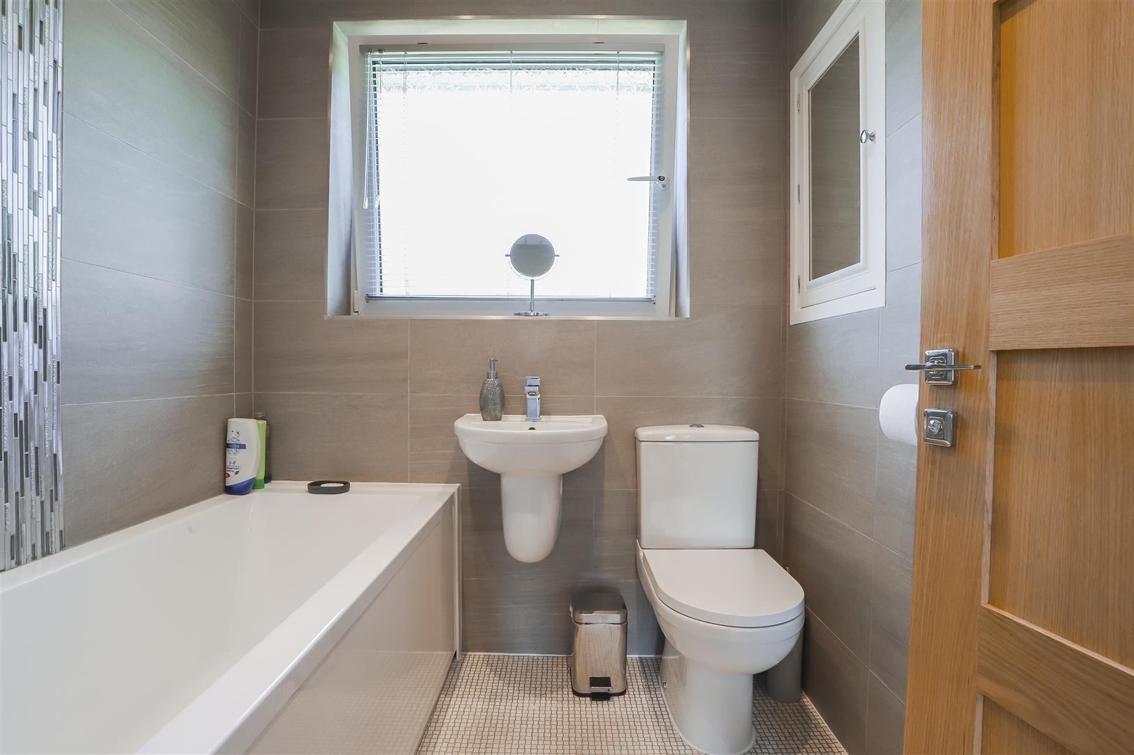 4 Bedroom Semi-detached House For Sale - Image 39